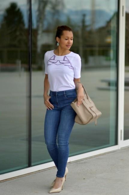 blue jeans/ pascale cornu t-shirt
