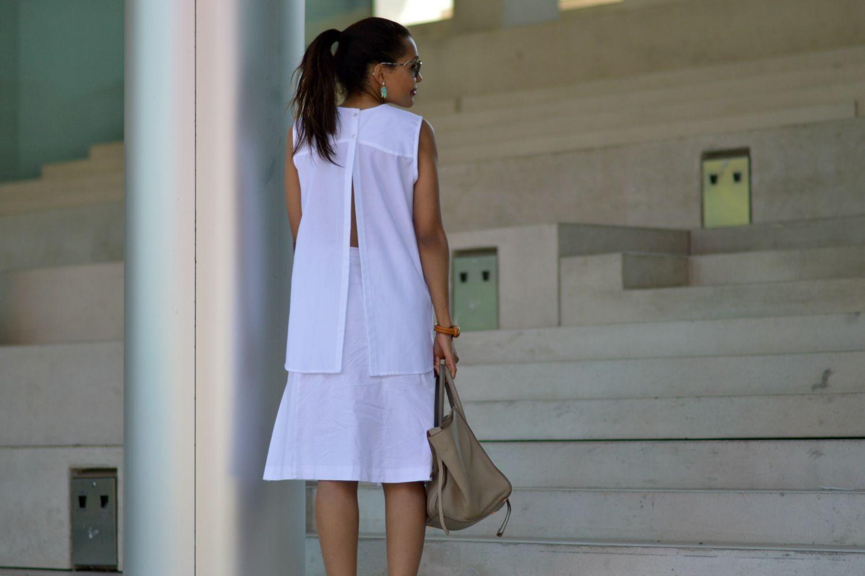 Tamara Perez white top_ currently wearing