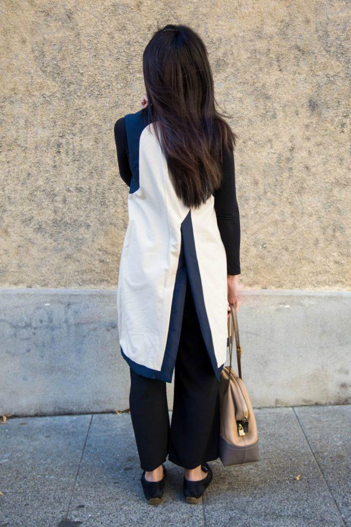 blue and white wrap dress _ Atelier laure paschoud
