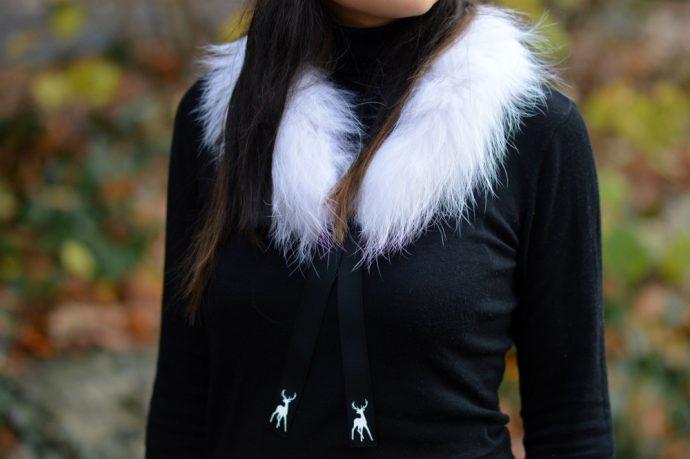 Tallis white fur scarf