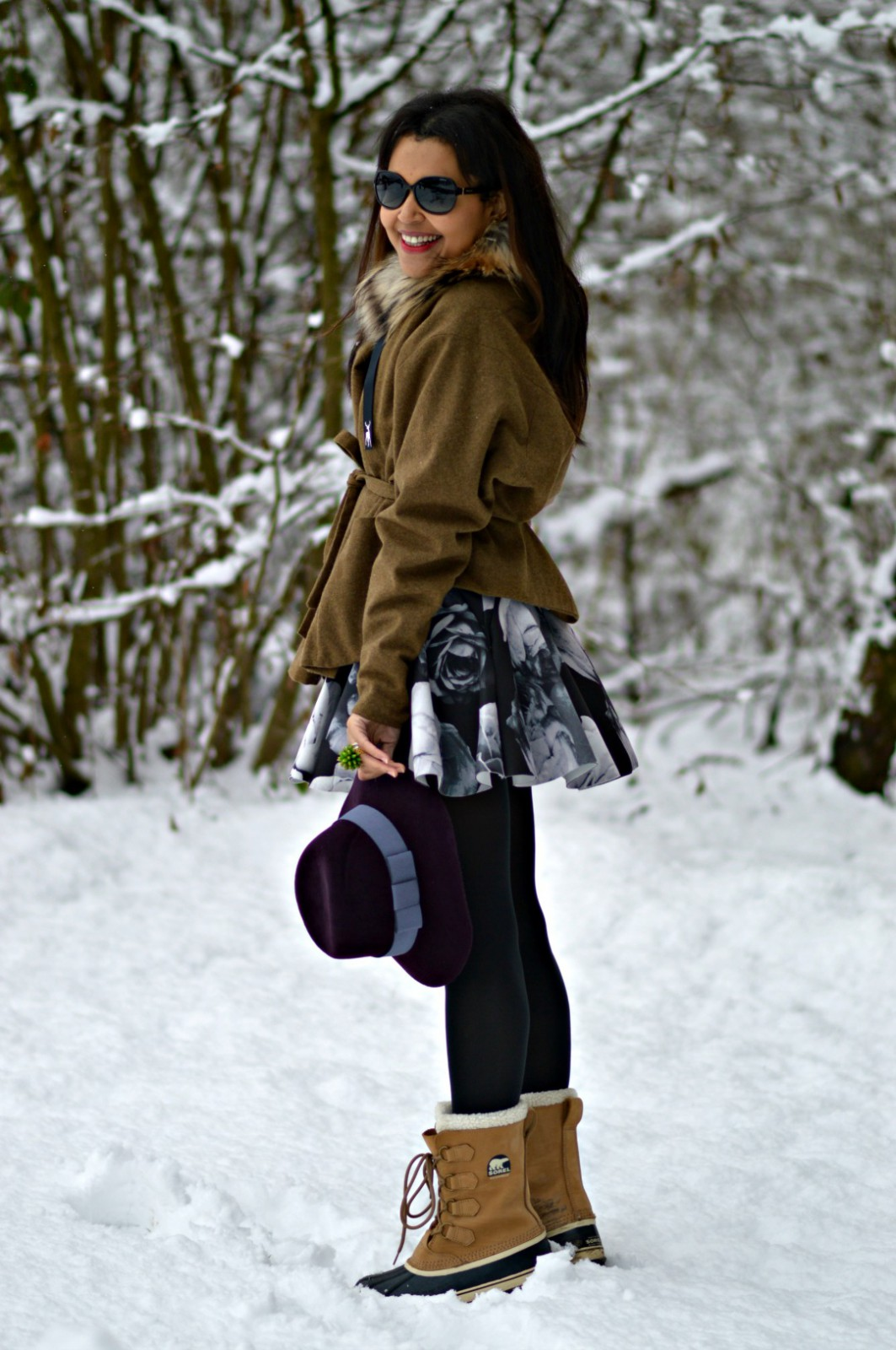 first snow / sorel boots / snowboots