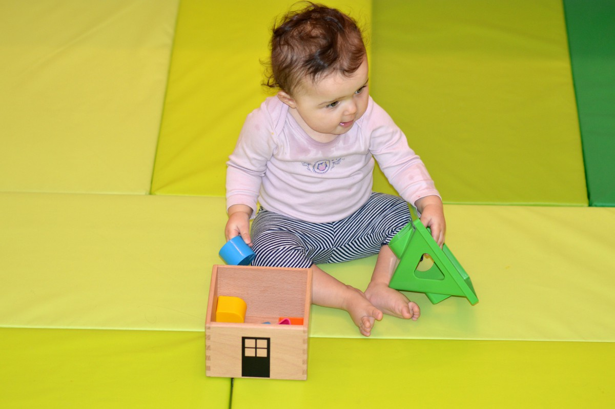 MULA Shape sorter/ Plufsig Ikea Folding gym mat