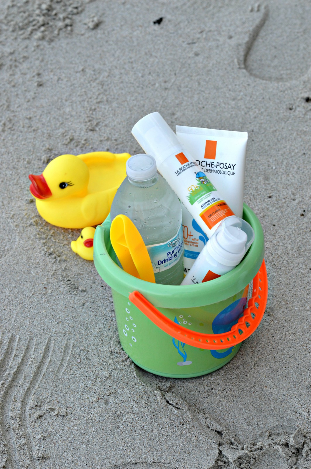 La Roche-Posay sunscreens_currently wearing_blog mode
