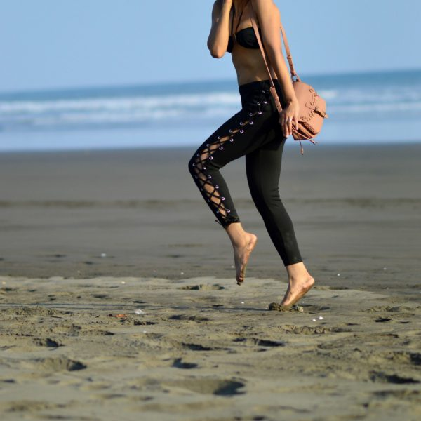 Side lace-up leggings/currently wearing/ swiss fashion blog