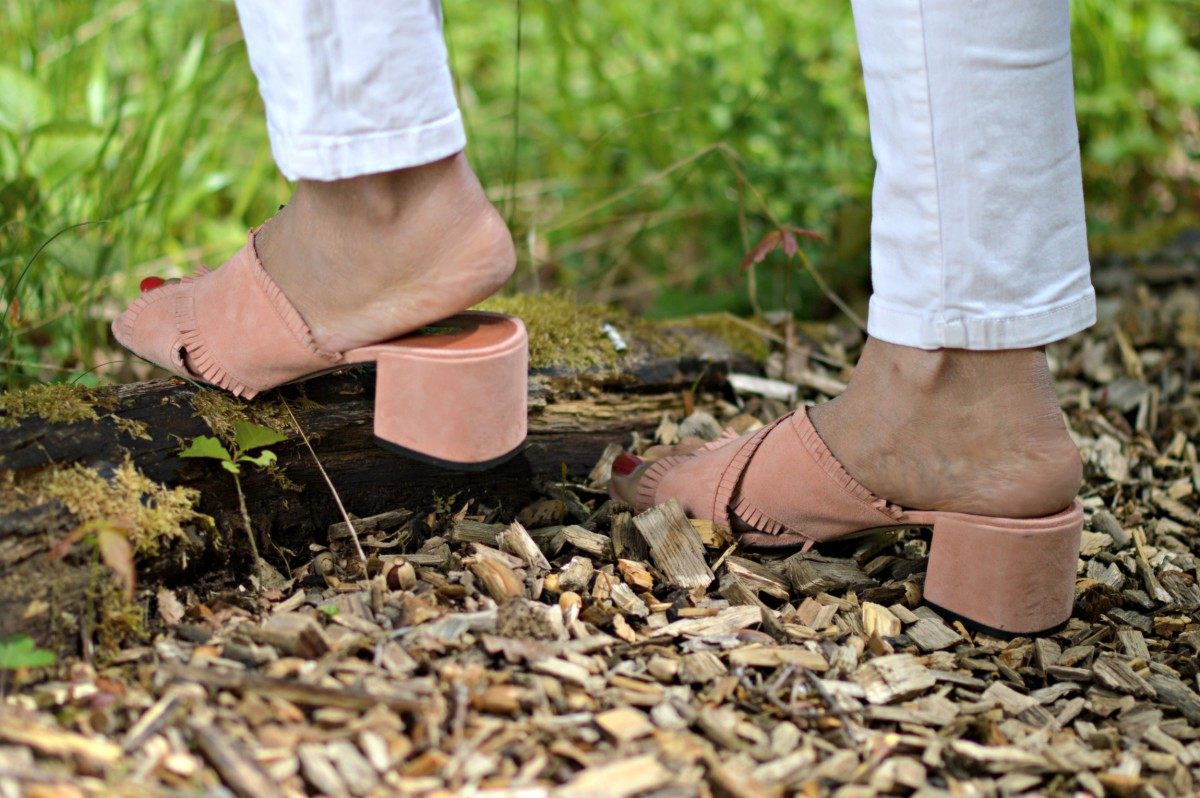 pink slip sandals_currently wearing
