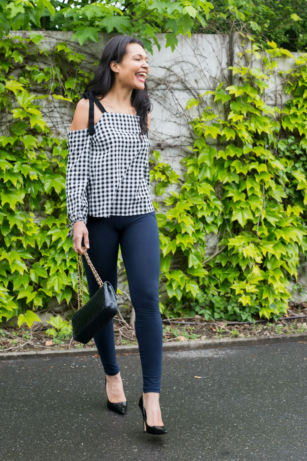 gingham/ skinny jeans/currently wearing