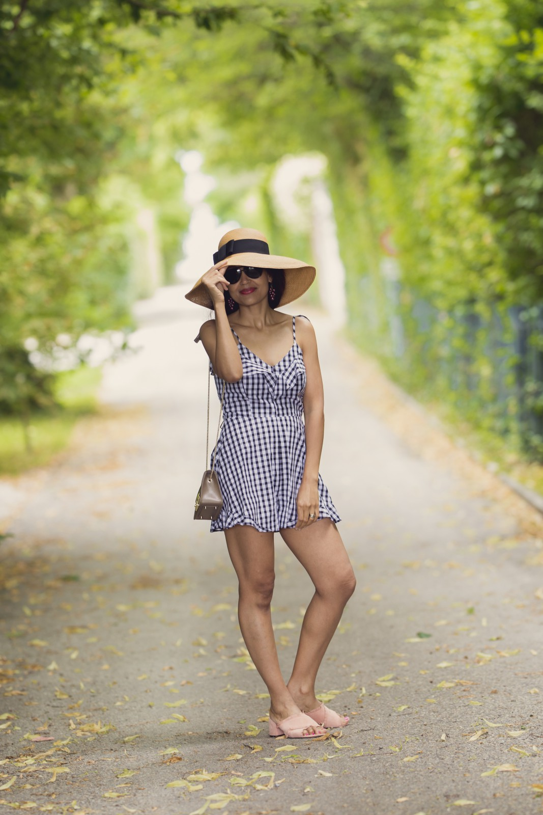 pink mules/gingham romper/ currently wearing/geneva blog/summer style