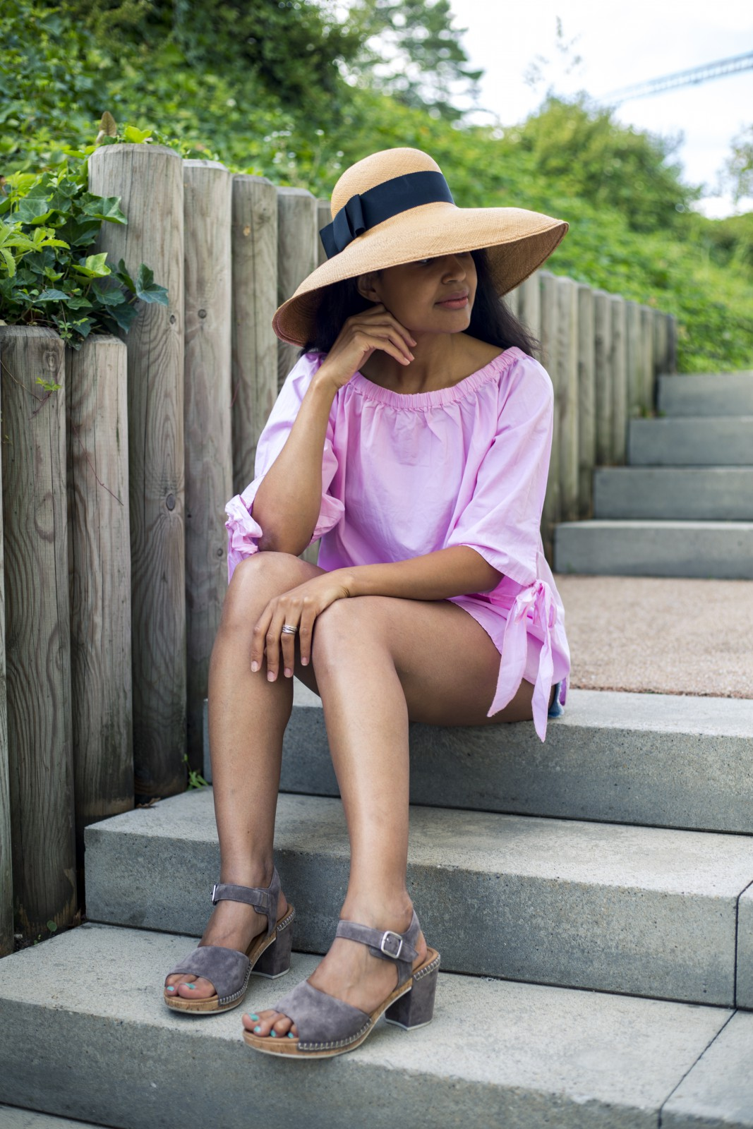 By Vanja Jocic hat/ oversized summer hat/ currently wearing/ swiss blogger