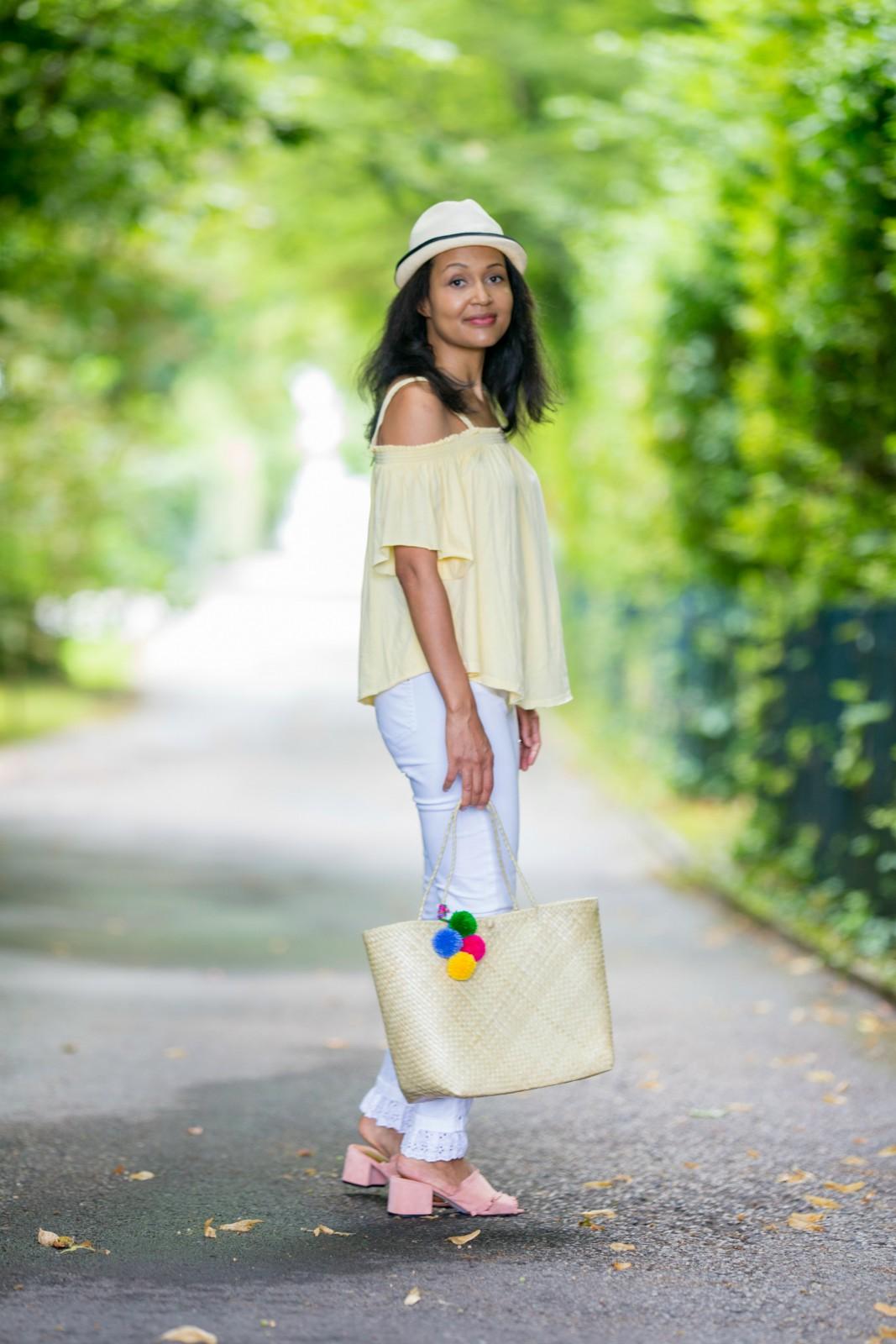 Yellow Cold Shoulder Top/blog mode suisse