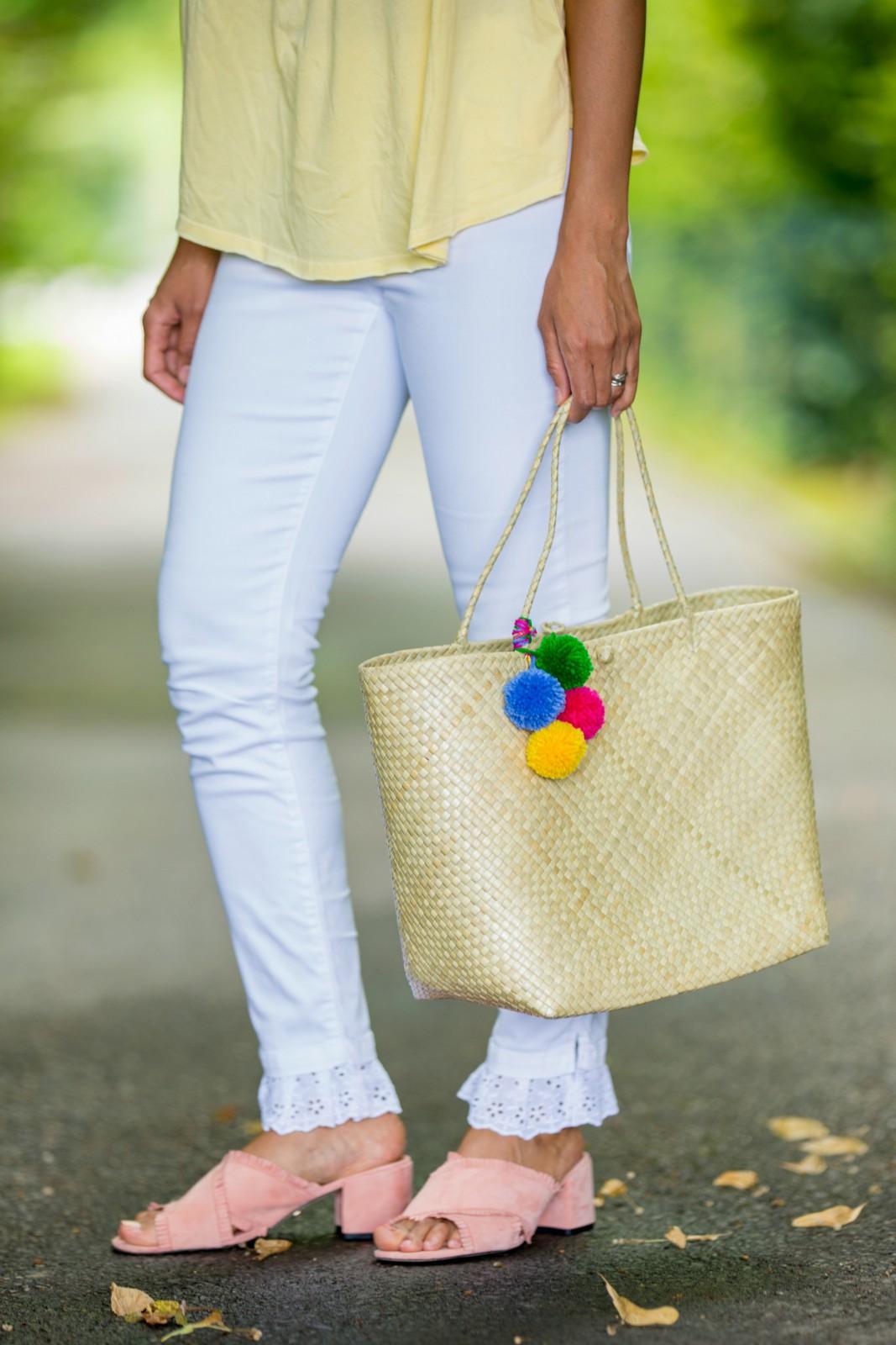 detail DIY ompom handbag blog mode suisse