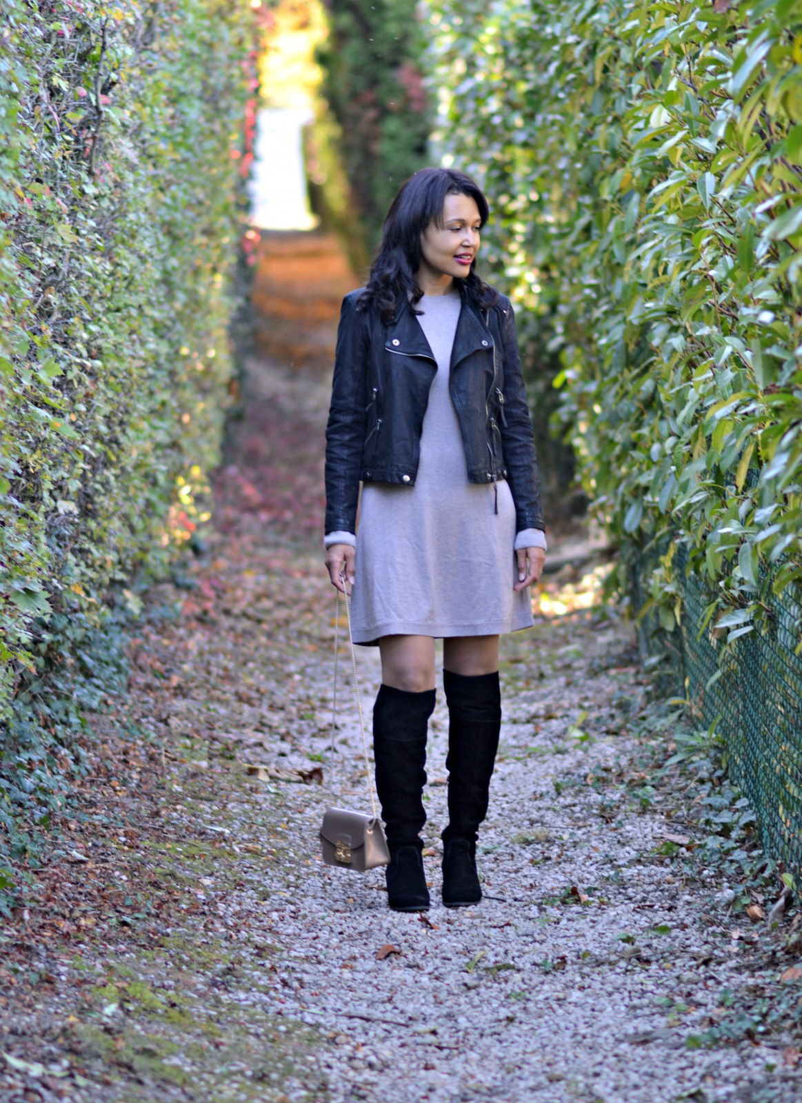 sweater dress/black over-the-knee boots/swiss fashion blog/currently wearing