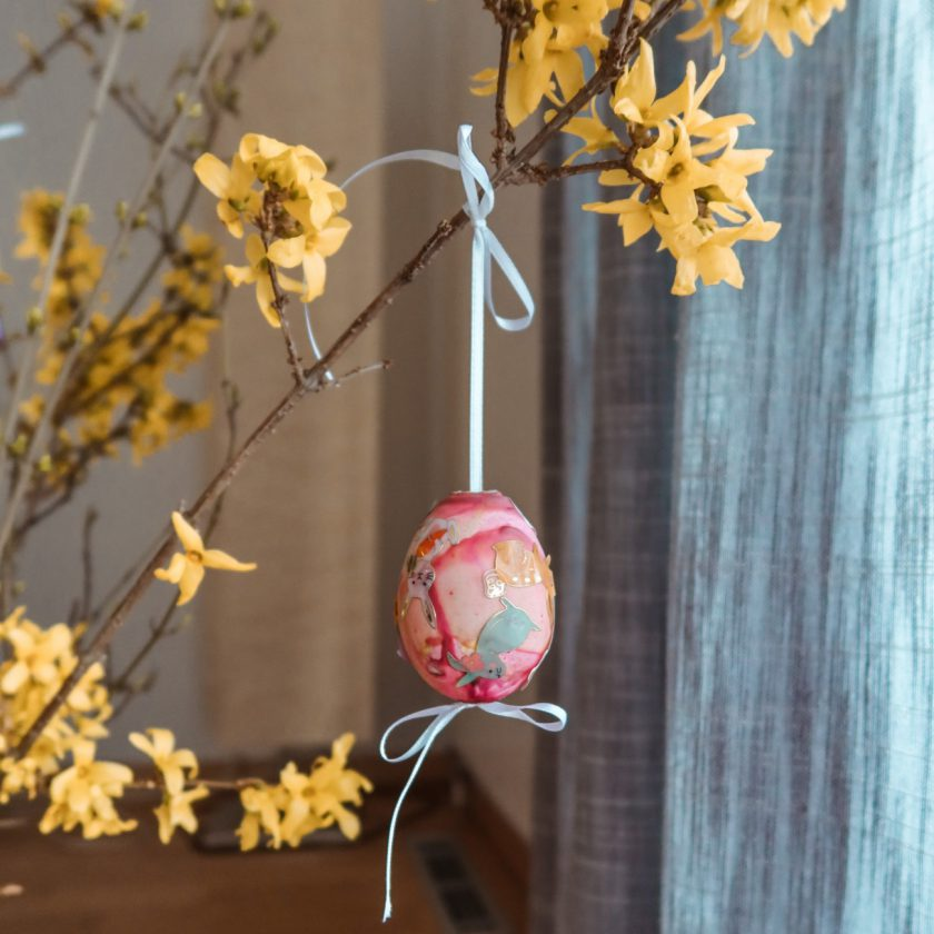 EASTER ARTS and CRAFTS egg coloring, decorating the home nice and easy_sustainable mom