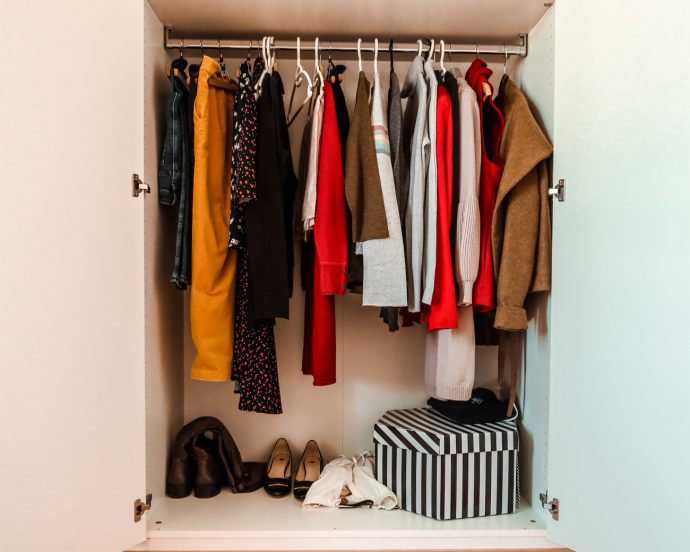 home capsule wardrobe_project 33_sustainable mom_sustainable living