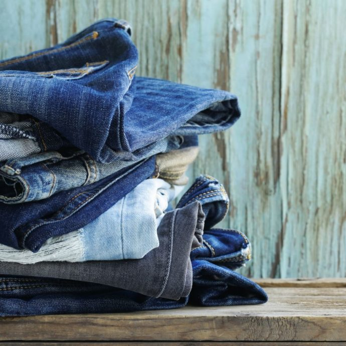 how to make your jeans last-sustainable care jeans-how to wash jeans-currently wearing swiss blog