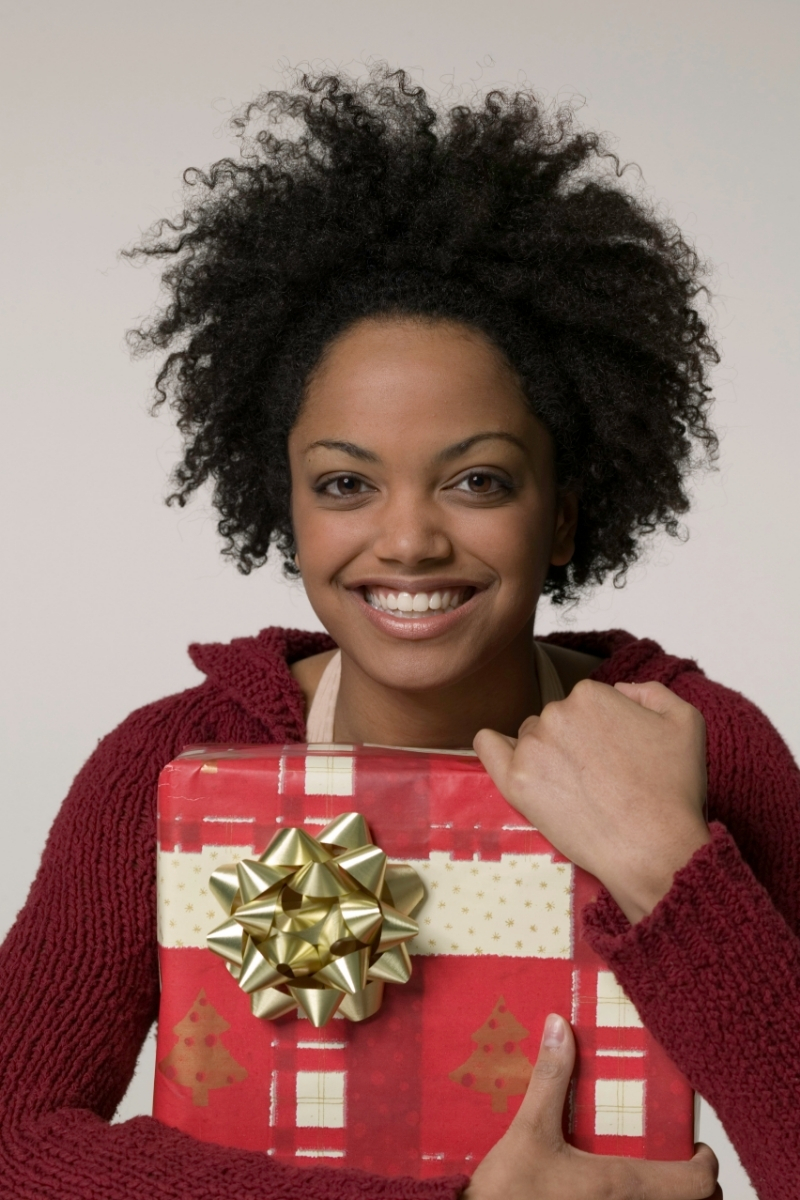 christmas presents_black owned business_currently wearing swiss blog