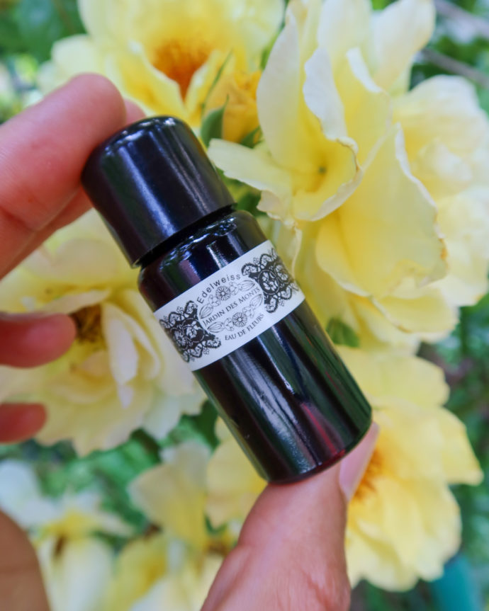 natural Swiss beauty brand Jardin de Monts-currently wearing-swiss blog-sustainable living blog
